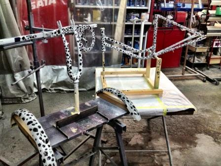 自転車の 自転車 フレーム カスタムペイント : ヒョウ柄に塗装できます!